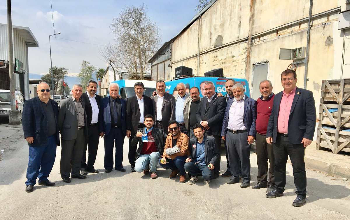 Geçmiş dönemlerde Kepez ilçe teşkilatında görev almış yol arkadaşlarımızla Akdeniz sanayi sitesinde esnaf ziyaretindeyiz. @ethemtas @HTutuncu @bahattinbyrktr