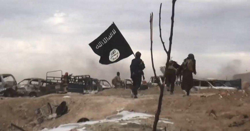 Not a single ISIS flag is flying as far as the eye can see in eastern Syria https://cbsn.ws/2JDepCy