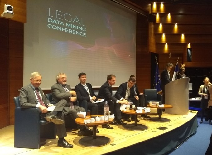 "🗣 En direct d'@HECParis pour la conférence ""Legal Data Mining, Machine Learning and Visual..."