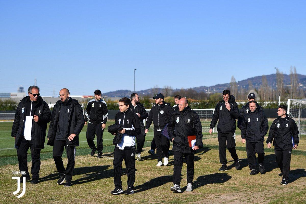 #ScuoleCalcio Juventus, terzo appuntamento con la formazione a Vinovo ➡️ http://juve.it/WkQ230o855Z