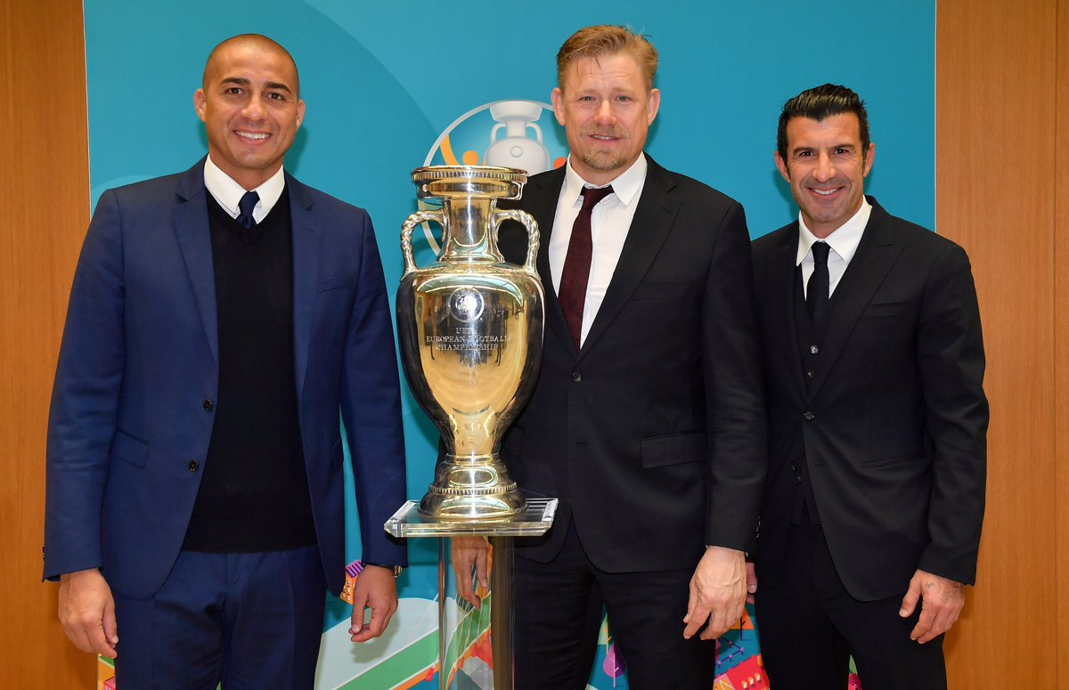 ¡Hoy se anunciaron las estrellas que formarán el grupo de embajadores de la #EURO2020, conformado por 3⃣4⃣ leyendas de la UEFA EURO! 🙌  ¿Quién es tu preferido? 🤔  👉 https://bit.ly/2Y977cV
