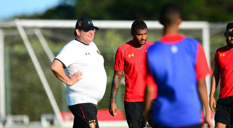 Jogadores do Sport estão encantados com qualidade técnico de Sammir: