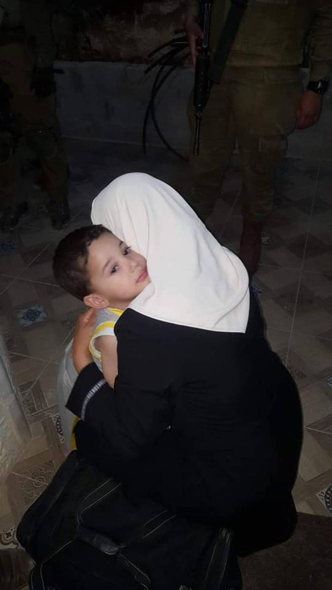 There are 22 Palestinian mother in the Israeli jails.  #Mothersday2019<br>http://pic.twitter.com/97Bg64qofT