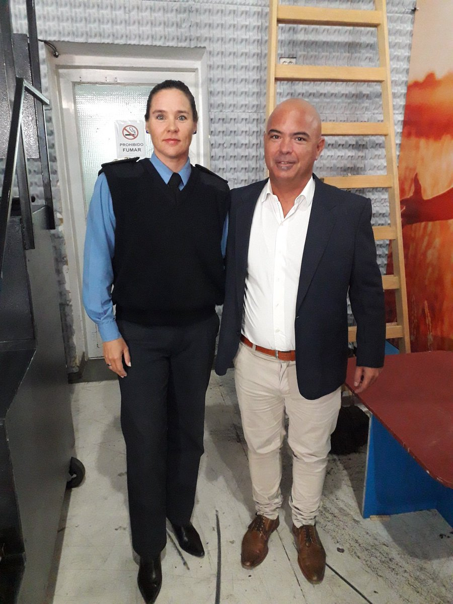 """En la previa... Esperando a salir al Aire en el programa  """"Esta Mañana"""" con la Cra y amiga Comisario #LauraMirantes Jefa de la comisaría de la Mujer https://t.co/wmZeCQ5Z8Y"""