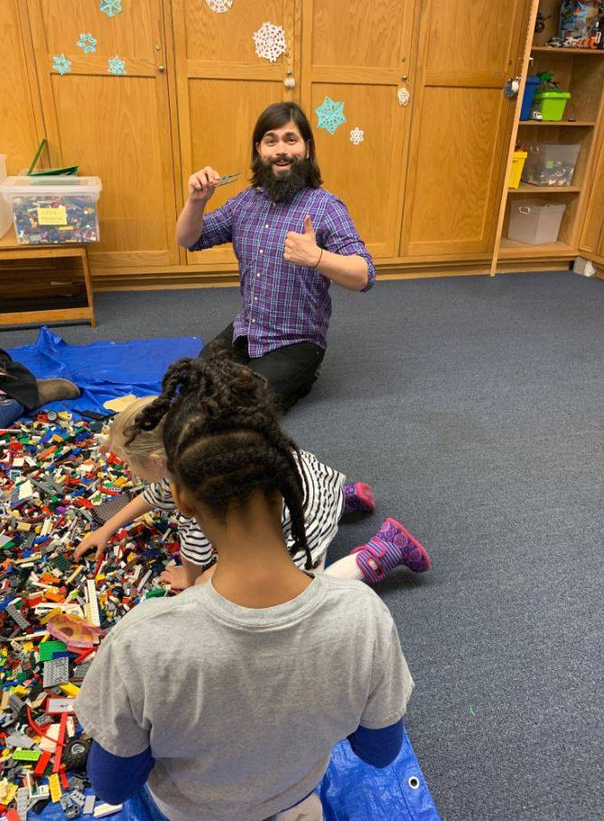 Sometimes rain brings a dreary feel to the city. A great way to brighten that up is with some LEGOs and your #imagination! Join Ryan at 4 pm for LEGO Club!  #FLPkids #library #Philly #LEGO #RainRainGoAway