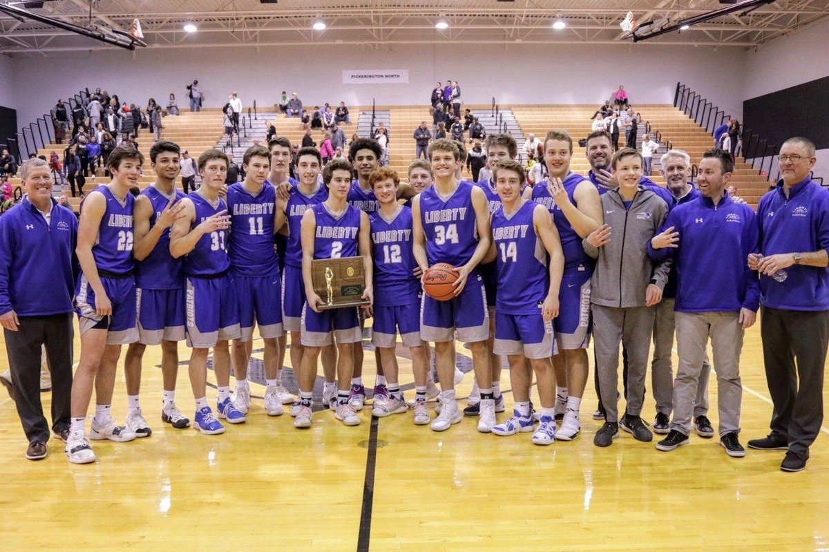Join us tomorrow as we send the @olhsboysbball team to the Final Four! They will depart LHS @ 11:30am, go down Sawmill Pkwy & through Downtown Powell. Show your support & line the streets! @PowellPolice are aware :) If coming to LHS, you MUST park @ baseball field. GO PATRIOTS!