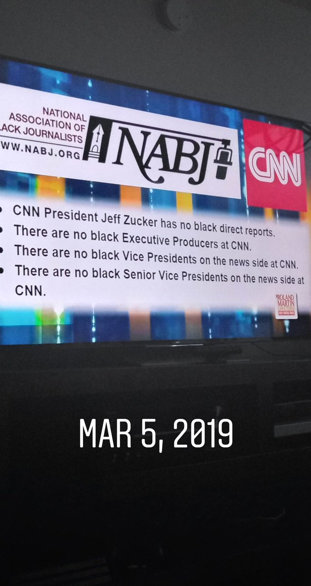 #RolandMartinUnfiltered  @CNN  @MSNBC  Whats amusing? The fact that CNN has Less Black Executive&#39;s in their BoardRooms..Than say, @FoxNews<br>http://pic.twitter.com/TFSDA62CWi