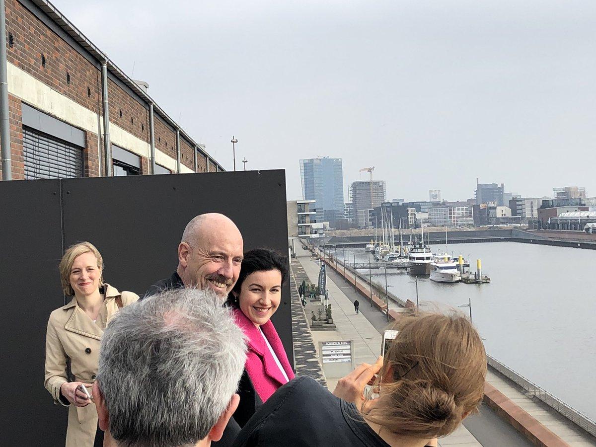 In Bremen mit dem @CDUBremen-Spitzenkandidaten Carsten Meyer-Heder unterwegs - und @DoroBaer ist auch da