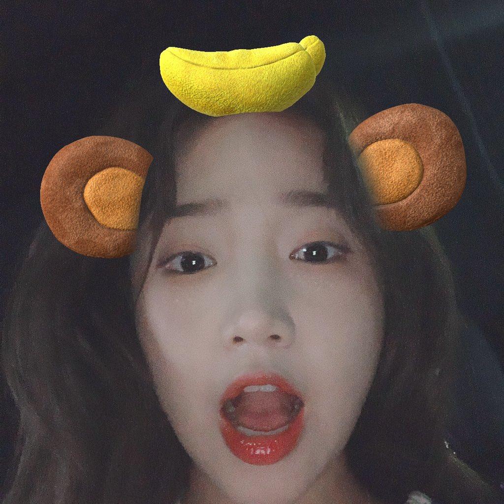 안농 여러분🙌 저는 원숭인가바여🐒 바나나가 좋고등요 ◡̈ 원숭이들 요기요기 붙어랑 👍  오마이걸 반하나 - 바나나 알러지 원숭이🎶  오늘은 이고 듣고 자깅💗 경쾌한 ⁎⁺˳✧༚ ⁎⁺˳✧༚꿈꾸세용히히  #🌻 #잘자_키링💫