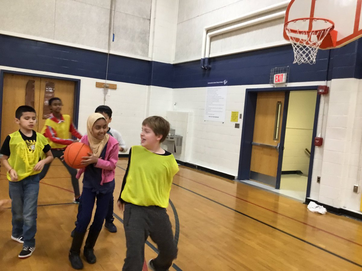 5th practicing our basketball skills in a dynamic modified game! It's March Madness! <a target='_blank' href='http://search.twitter.com/search?q=APSisAWESOME'><a target='_blank' href='https://twitter.com/hashtag/APSisAWESOME?src=hash'>#APSisAWESOME</a></a> <a target='_blank' href='http://search.twitter.com/search?q=HFBTweets'><a target='_blank' href='https://twitter.com/hashtag/HFBTweets?src=hash'>#HFBTweets</a></a> <a target='_blank' href='http://search.twitter.com/search?q=5thgradeHFB'><a target='_blank' href='https://twitter.com/hashtag/5thgradeHFB?src=hash'>#5thgradeHFB</a></a> <a target='_blank' href='https://t.co/1ePqF6EMmT'>https://t.co/1ePqF6EMmT</a>