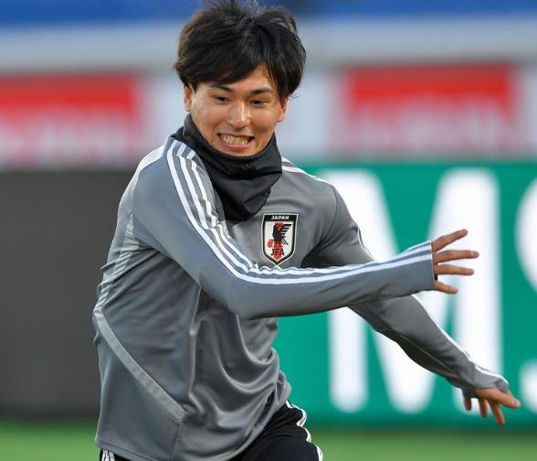 「真司くんはだれが見ても日本で一番実績のある選手」by 日本代表・南野拓実 https://t.co/hFb0uLq3Za https://t.co/U8RIqQ0otC