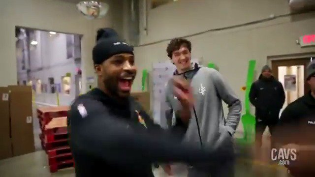 16,812 meals provided for Cleveland families – a new @CleFoodBank packing record! As part of Harvest for Hunger, @cediosman & @RealTristan13 teamed up with Cavs and @TrustedSec this week to provide nourishing meals for CLE! 🔗: http://on.nba.com/2ulko4k  📸: http://on.nba.com/2UNbWpZ