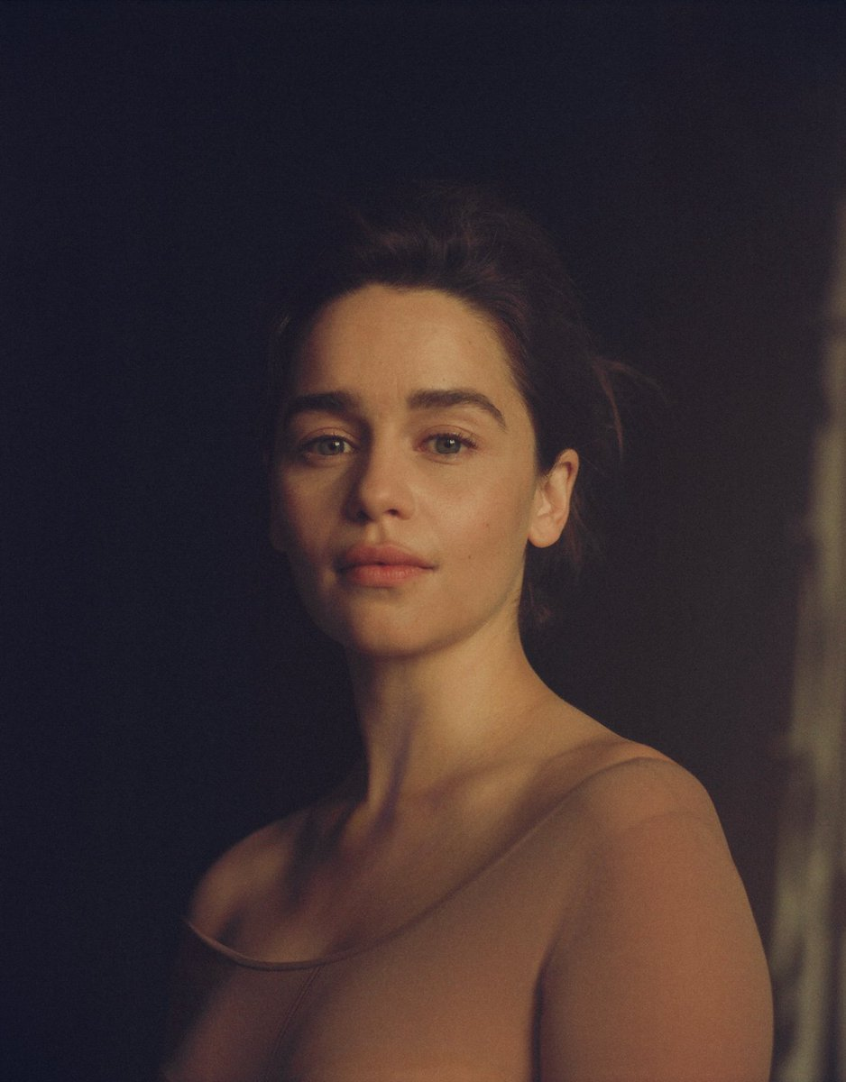 The New Yorker's photo on Emilia Clarke