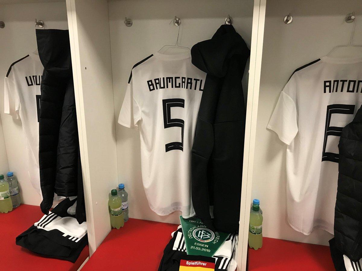 🇩🇪💪 Die #U21-Startelf für #GERFRA: Müller – Baumgartl (C), Maier, Torunarigha – Henrichs, Dahoud, Neuhaus, Mittelstädt – Öztunali, Waldschmidt, Amiri. #Herzzeigen