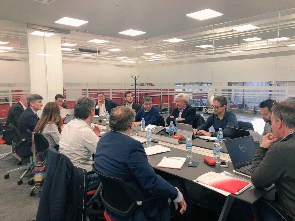 Nueva reunión para impulsar nuestro proyecto Hoy en 🏭@ASTITechGroup  con la presencia de @FAEBurgos  @_ITCL  @Fundcajaburgos  @UBUEstudiantes  @ui1Universidad  @Gonvarri  @sinterpack  Seguimos avanzando 👣👣👣