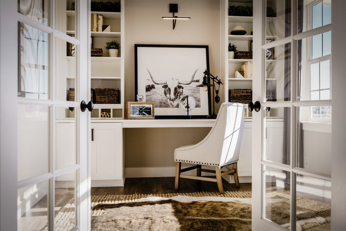Discover effortless elegance in your next home... http://bit.ly/2G1DHYj. #study #workfromhome #homelifebalance pic.twitter.com/PfurOueVYU