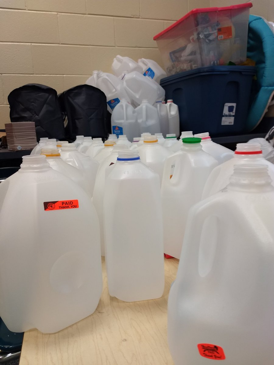 We finally got about 90 gallon milk jugs!!! Can you help us get the final 60 we need?!? Help us build an igloo for our K/1st &quot;Four Seasons&quot; show in April! @Asbury_ParkSD @APSuperGray @TheaJackson8 #ReduceReuseRecycle #musiceducation <br>http://pic.twitter.com/S9be6k7cx3