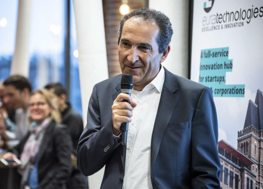 #FounderStory  Patrick Drahi Président & Fondateur du groupe @Altice @AlticeFrance @SFR partage son expérience avec les entrepreneurs d' #EuraTechnologies  >toute la #keynote : https://bit.ly/2Ju7zPE #incubateur #accelerateur #startups
