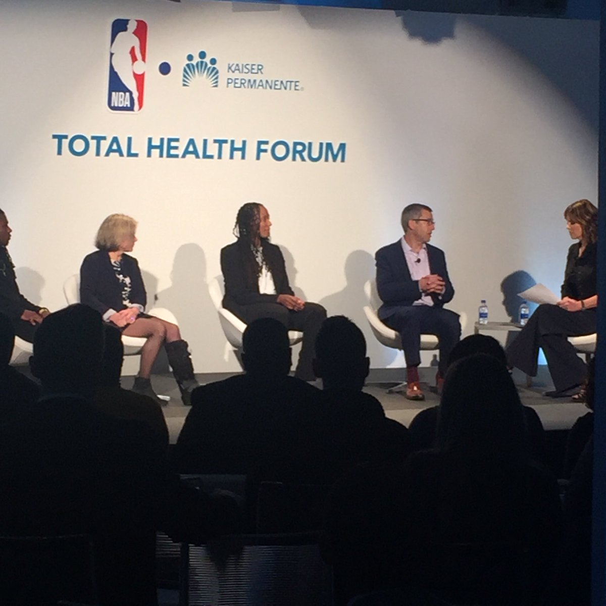"Kaiser Permanente mental health and wellness expert, Dr. Don Mordecai discusses the challenges faced by today's youth alongside @Chold1: ""Kids today need more support and are feeling more pressure."" #TotalHealthForum #resilience @NBA @NBACares"