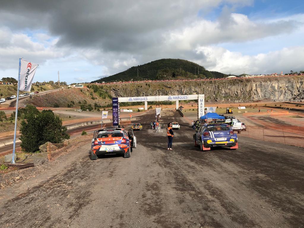 ERC: 54º Azores Rallye [21-23 Marzo] - Página 2 D2Mx0yCWoAAUUIM
