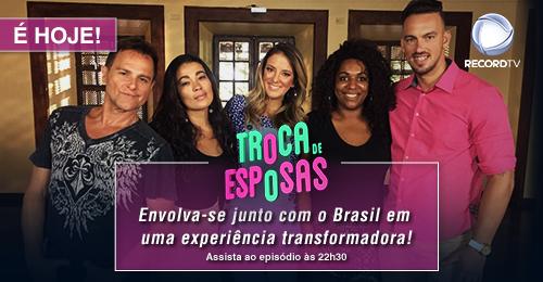 Comercial RECORD TV's photo on #TrocaDeEsposas