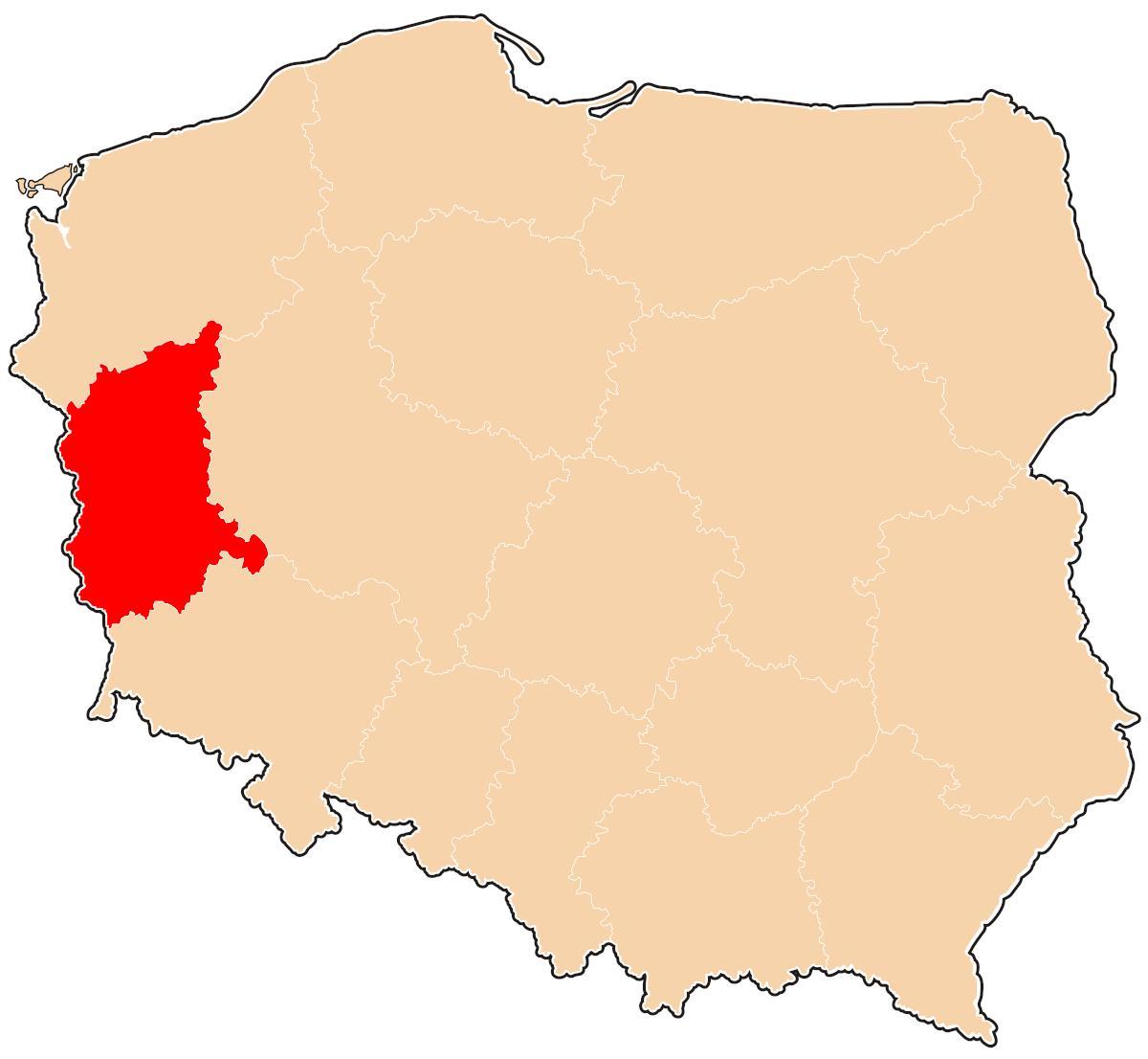 Województwo lubuskie znajduje się tu. Kolor czerwony. To większe kremowe to Polska. 😉Prosimy o mocny retweet.  #gdziejestlubuskie #testzwiedzy #geografia