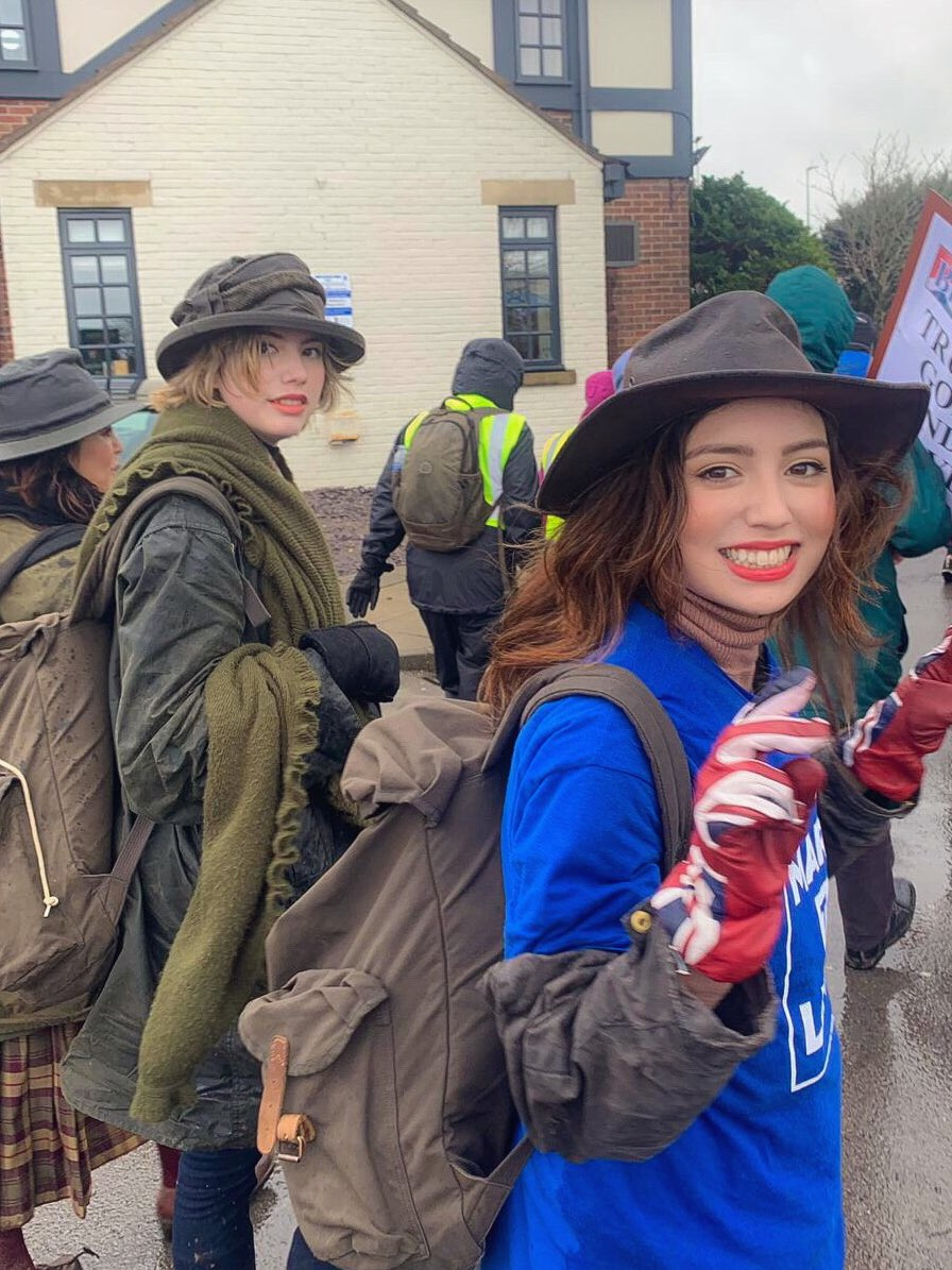 We can't wait to re-join the #MarchToLeave tomorrow Mansfield here we come! @LeaveMnsLeave @BeatriceGrant_ #BrexitBetrayal #Brexit #LetsGoWTO #LeaveMeansLeave<br>http://pic.twitter.com/j73mNOxRgG