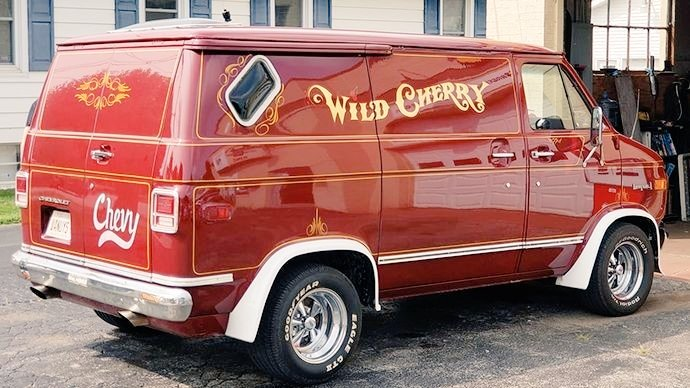 On #ThrowbackThursday we like to remember times when customizing plain, boring vans to change them into &quot;Wild Cherry&quot;  beauties, was all the rage! <br>http://pic.twitter.com/xfzVCVe4QA