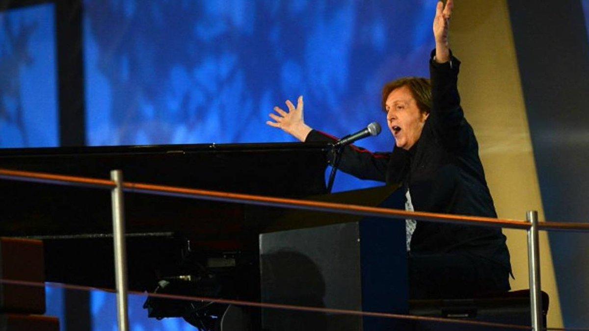 #Papelonazo | Paul McCartney llegó al país y se olvidaron el piano