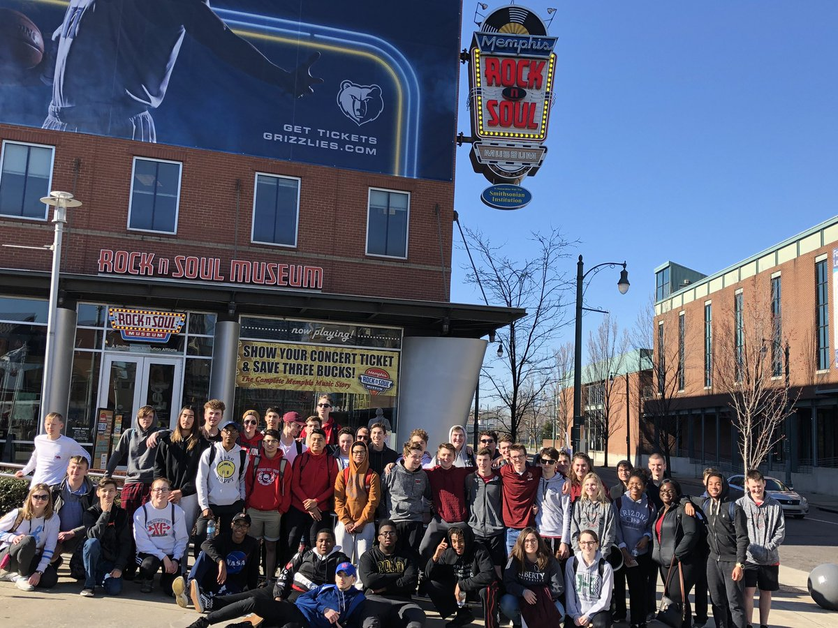 Memphis is steeped with such musical history that (thankfully) transcended racism!  So cool to be able to feel it in the air. @VikeMusicBoostr #PHSJazzTour2019 @VikingDiff @PCSDViking @PCMSVikingPride<br>http://pic.twitter.com/hpAmo9q9hT