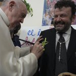 Image for the Tweet beginning: #PopeFrancis visits Rome's Scholas Occurrentes