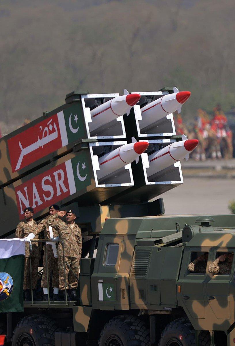 في عيدها الوطني.. باكستان تدعو للسلام مع الهند وتعرض قدراتها العسكرية D2P2k2PX4AAU6Xl