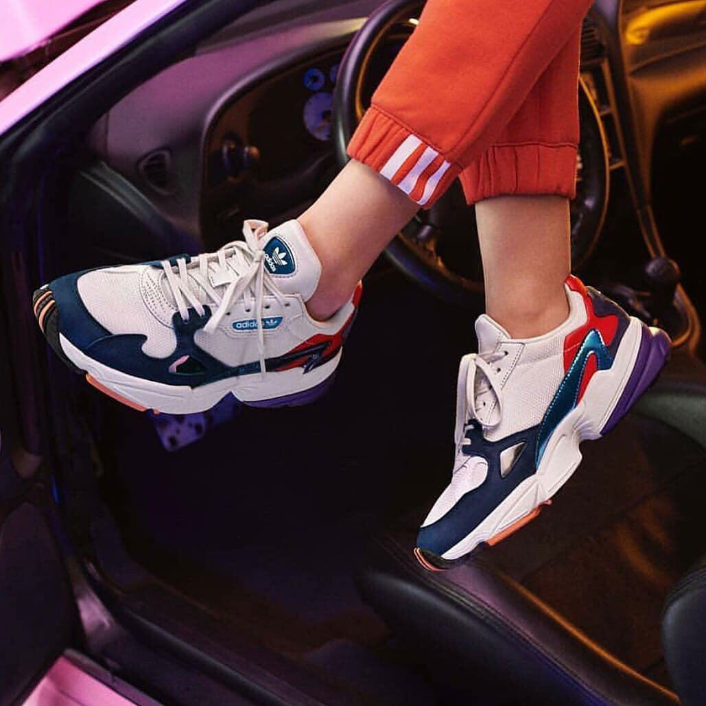 82cb0d6964 Adidas Falcon W COLOR : Crystal White / Collegiate Navy SIZE (UK) : 3.5