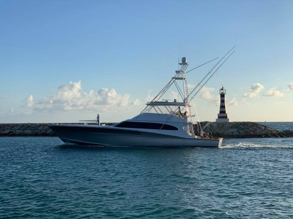 Casa de Campo, DR - Betsy went 1-2 on Blue Marlin.