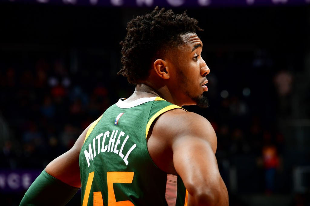 Donovan Mitchell scored 30 points at New York on Wednesday and put up 34 tonight at Atlanta. Prior to Mitchell, the last @utahjazz player to score 30+ points on back-to-back days, with each game being on the road, was Carlos Boozer in November 2007. @EliasSports