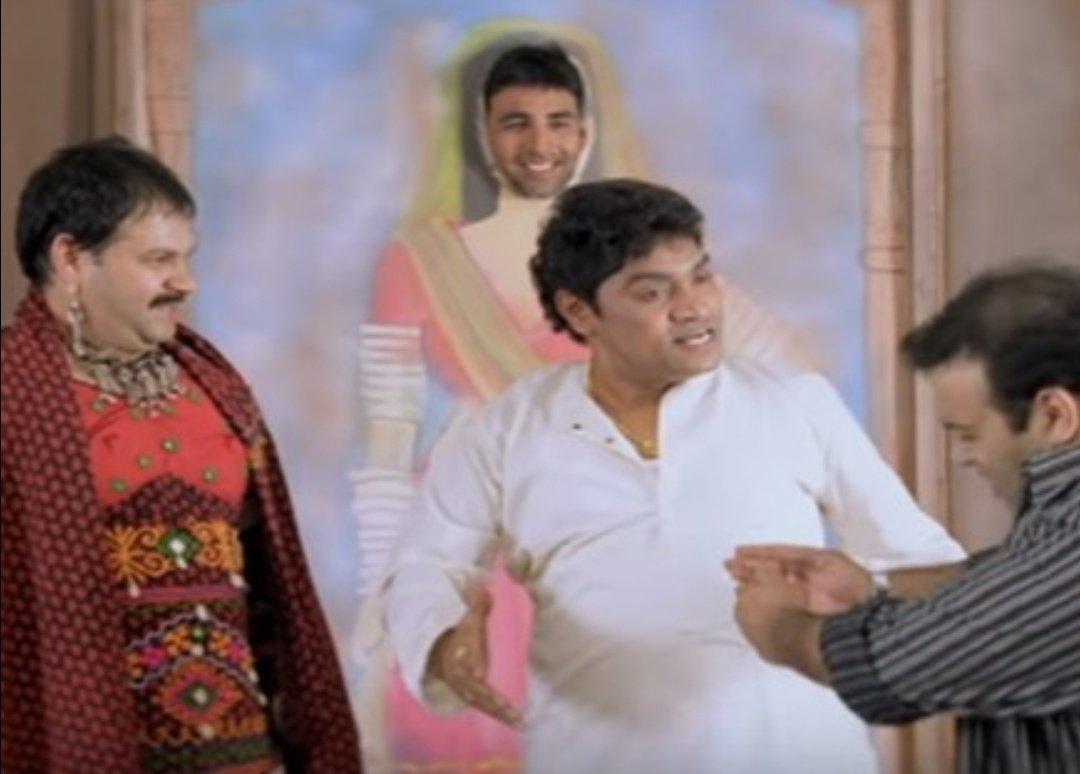 Akshay Kumar doing the #13yearchallange