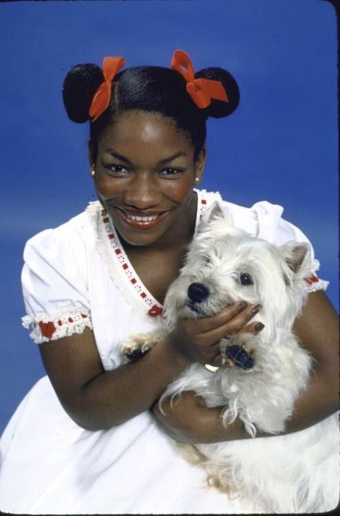 March 22, 1957 — Stephanie Dorthea Mills, the Grammy award–winning singer, songwriter and Broadway stage actress was born. Mills rose to stardom as &quot;Dorothy&quot; in the original Broadway run of the musical The Wiz from 1975 to 1977. <br>http://pic.twitter.com/f2ZyXoAknP
