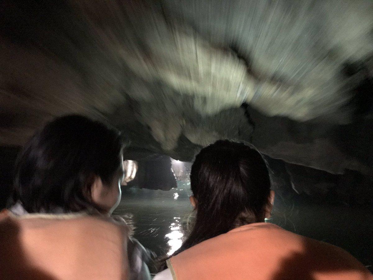 洞窟真っ暗の中 結構スピード出てたから 時空を超えてるみたいな 写真が撮れた!!