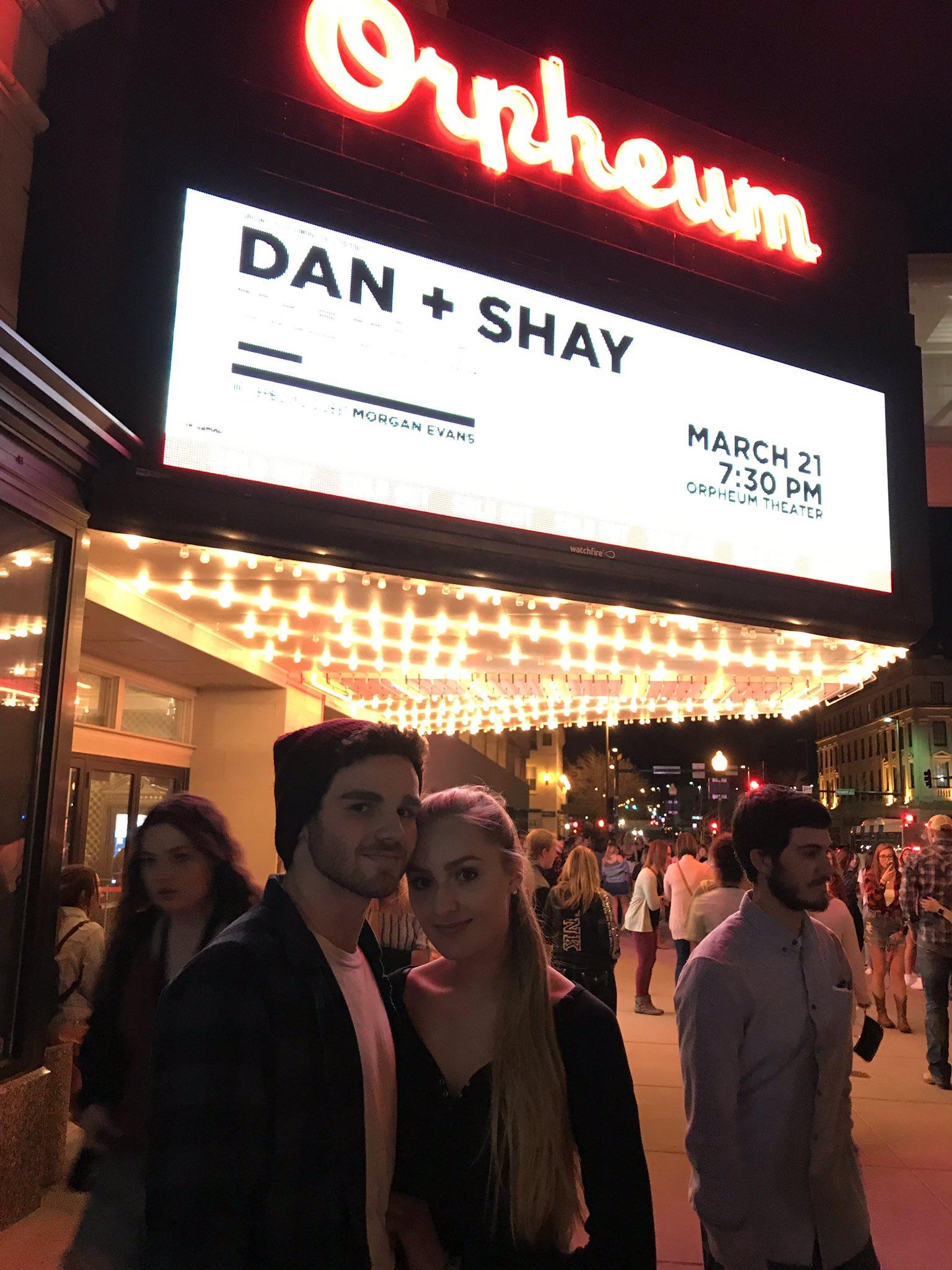 Dan  Shay @ RudiThrasher