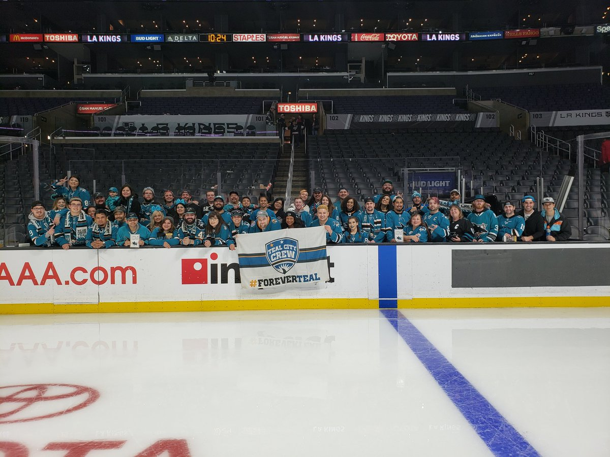 Disappointed in the outcome, but WHAT A TURNOUT. Thank you, #SJSharks  fans and #TealCityCrew members!<br>http://pic.twitter.com/qLHzy3YKF3