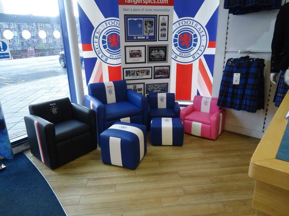 Sports direct on day1-take your beautiful display away I'm filling the space with shity plastic bottles and pencil cases from China ,  https:// fanatikool.com/sporting-produ cts/ &nbsp; …  #HANDMADEINSCOTLAND   <br>http://pic.twitter.com/DQbU6FUFC4