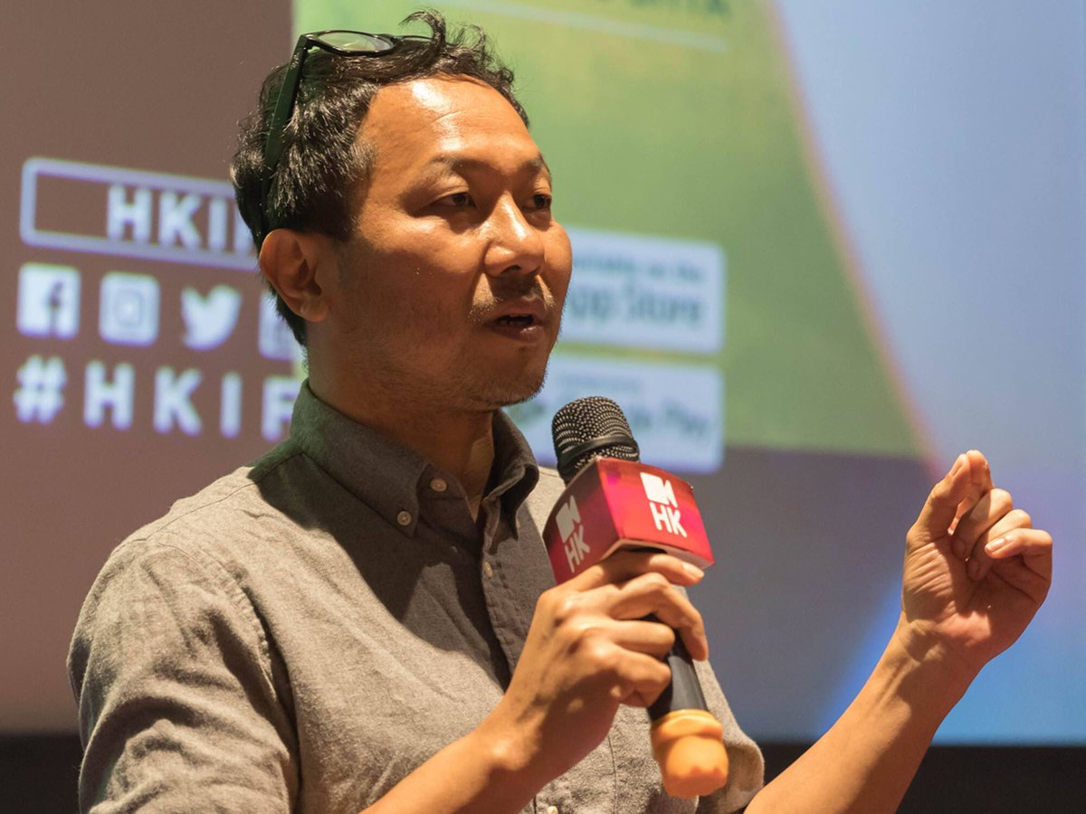 #HKIFF43 MANTA RAY: Dedicated to Rohingya Refugees  MANTA RAY, Phuttiphong Aroonpheng's directorial feature debut, brings out the Rohingya refugee crisis through concise narrative and rich metaphors.   #MANTARAY <br>http://pic.twitter.com/ljyzOFtYG8