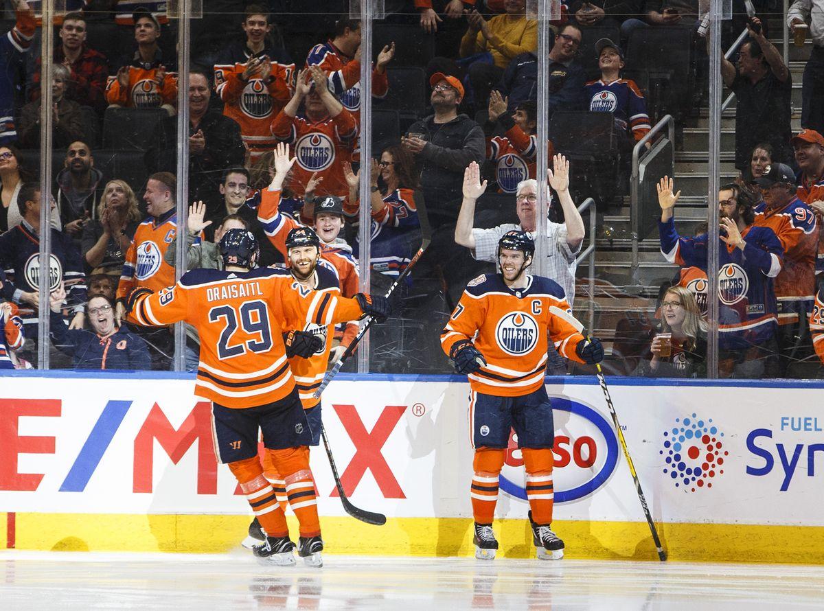 Globe Sports's photo on Oilers