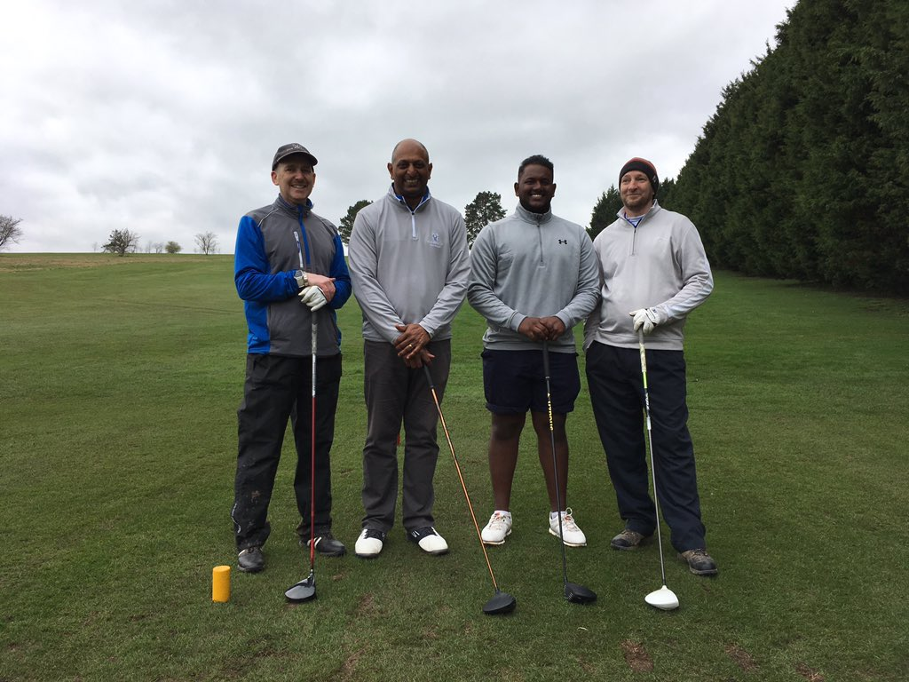 test Twitter Media - .@BishopstonCC are the first of the cricket clubs to see if their cricket skills translate to the golf course @CirencesterGolf #GCBGolfDay2019 https://t.co/5PHr9eCiEp