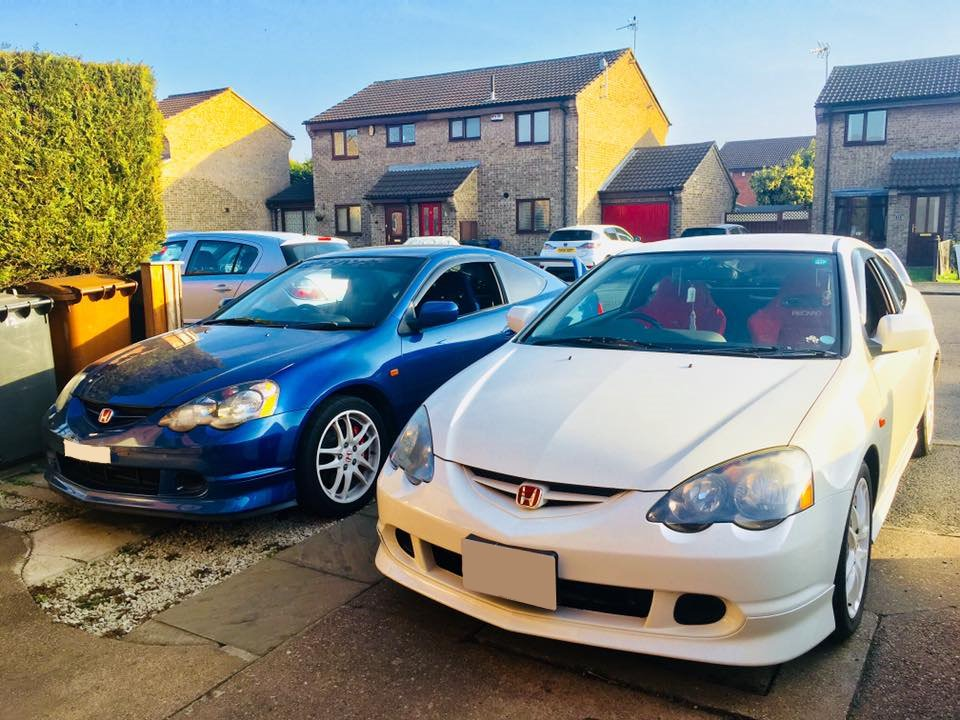 We have not one, but two #HondaDC5s for this week's #FeatureFriday, courtesy of Wai Ling Shin on #Facebook – thank you for sharing this with us!   @HondaUK <br>http://pic.twitter.com/82vjUR5Vkn