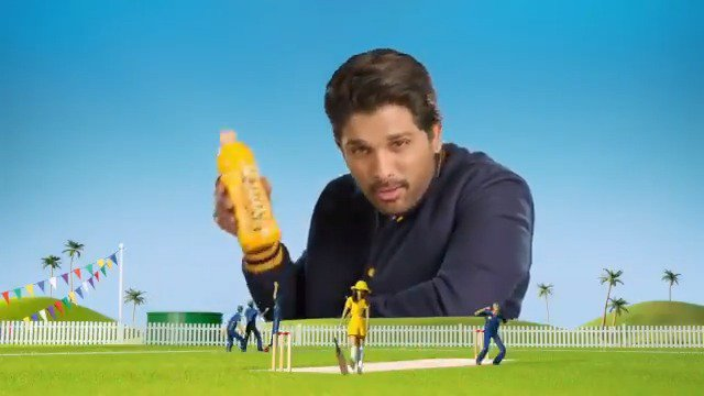 Har cricket match me chahiye kuch #FrootiMasti! Comment with #TeamAA or #TeamFrooti