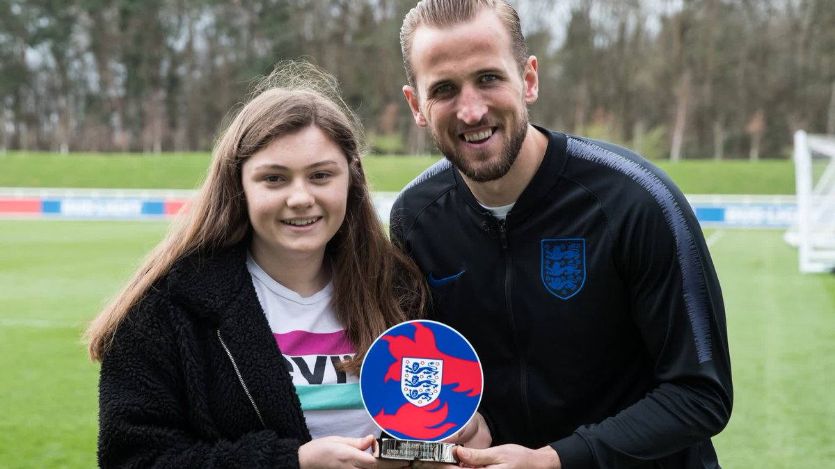 🏴 15 year old Georgie has been going to @England games for 13 years!  🌍 ... and has been to 150 games & 4 tournaments!  😱 She was surprised by Gareth Southgate...  🏆 & asked to present @HKane with his player of the year trophy.  👏 Class.  🎥 @England