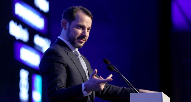 Treasury and Finance Minister @BeratAlbayrak: Strong economic performance, more drop in current account deficit ahead.  http:// bit.ly/2TPhBiQ  &nbsp;  <br>http://pic.twitter.com/wNkisTKXfn