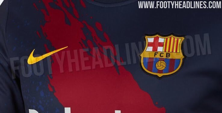Official photos of Barcelona&#39;s pre game warm-ups for next season. [footy headlines] <br>http://pic.twitter.com/RB0bzRkrKn