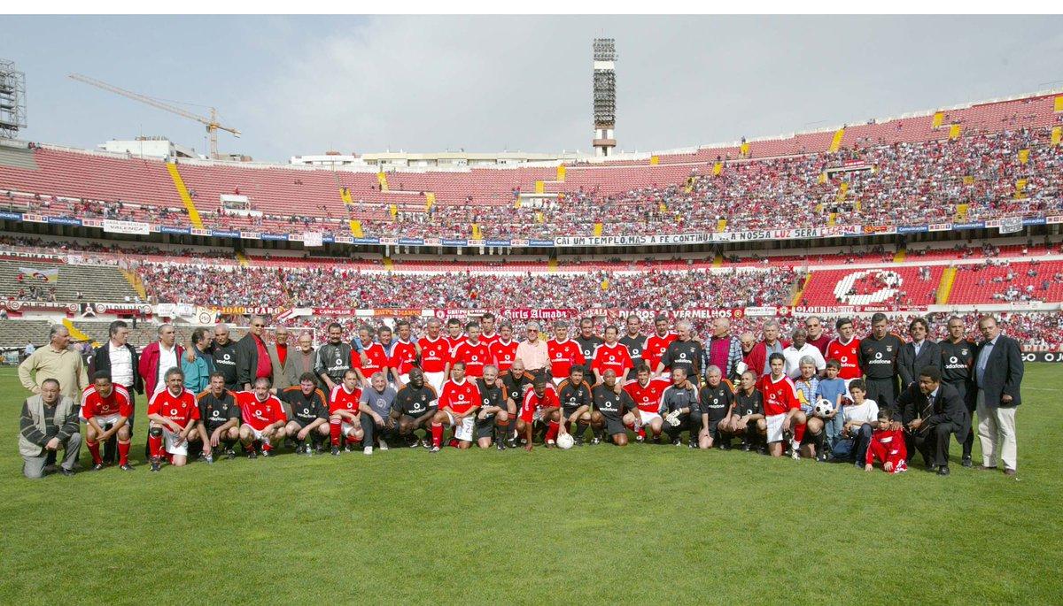 16 years ago we said goodbye to the old Estádio da Luz. #fbf <br>http://pic.twitter.com/SKzbmXtmE2